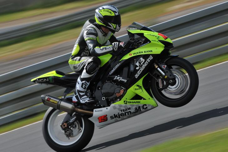 2015-Bane-Road-Racing-01